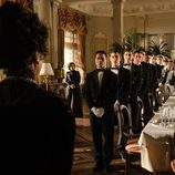 Doña Teresa da órdenes al servicio de 'Gran Hotel'