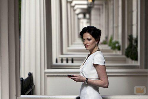 La actriz Lara Pulver llega a la serie 'Sherlock' de BBC