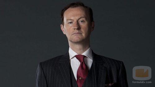 Mark Gatiss es Mycroft Holmes en la serie de BBC 'Sherlock'