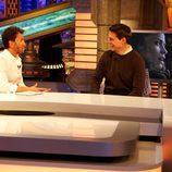 Pablo Motos conversa con el actor norteamericano durante la entrevista