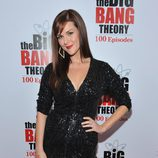 Sara Rue en la fiesta de 'The Big Bang Theory'