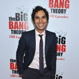 Kunal Nayyar en la fiesta de 'The Big Bang Theory'