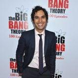 Kunal Nayyar en la fiesta de 'The Big Bang Theory'