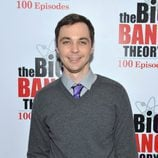 Jim Parsons en la fiesta de 'The Big Bang Theory'