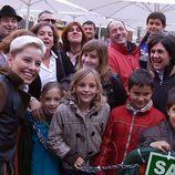 La cantante Soraya, rodeada de fans en 'Callejeros'