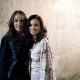 La cantante junto a su representante, en 'Rocío Durcal, volver a verte'