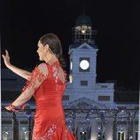Isabel Pantoja saluda a la Puerta del Sol