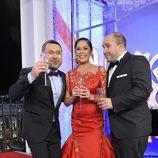 Isabel Pantoja, Kiko Rivera y Jorge Javier Vázquez brindan por el 2012