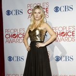 Elisha Cuthbert en los People's Choice Awards 2012
