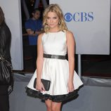 Ashley Benson en los People's Choice Awards 2012