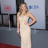 Kaley Cuoco en los People's Choice 2012