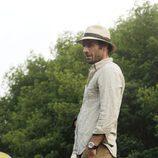 Paul Blackthorne es un productor de televisión en 'The River'