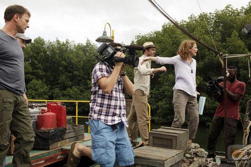 El reparto grabando el reality de 'The River'