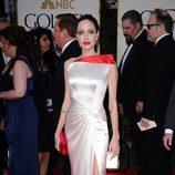 Angelina Jolie en el photocall de los Globos de Oro 2012