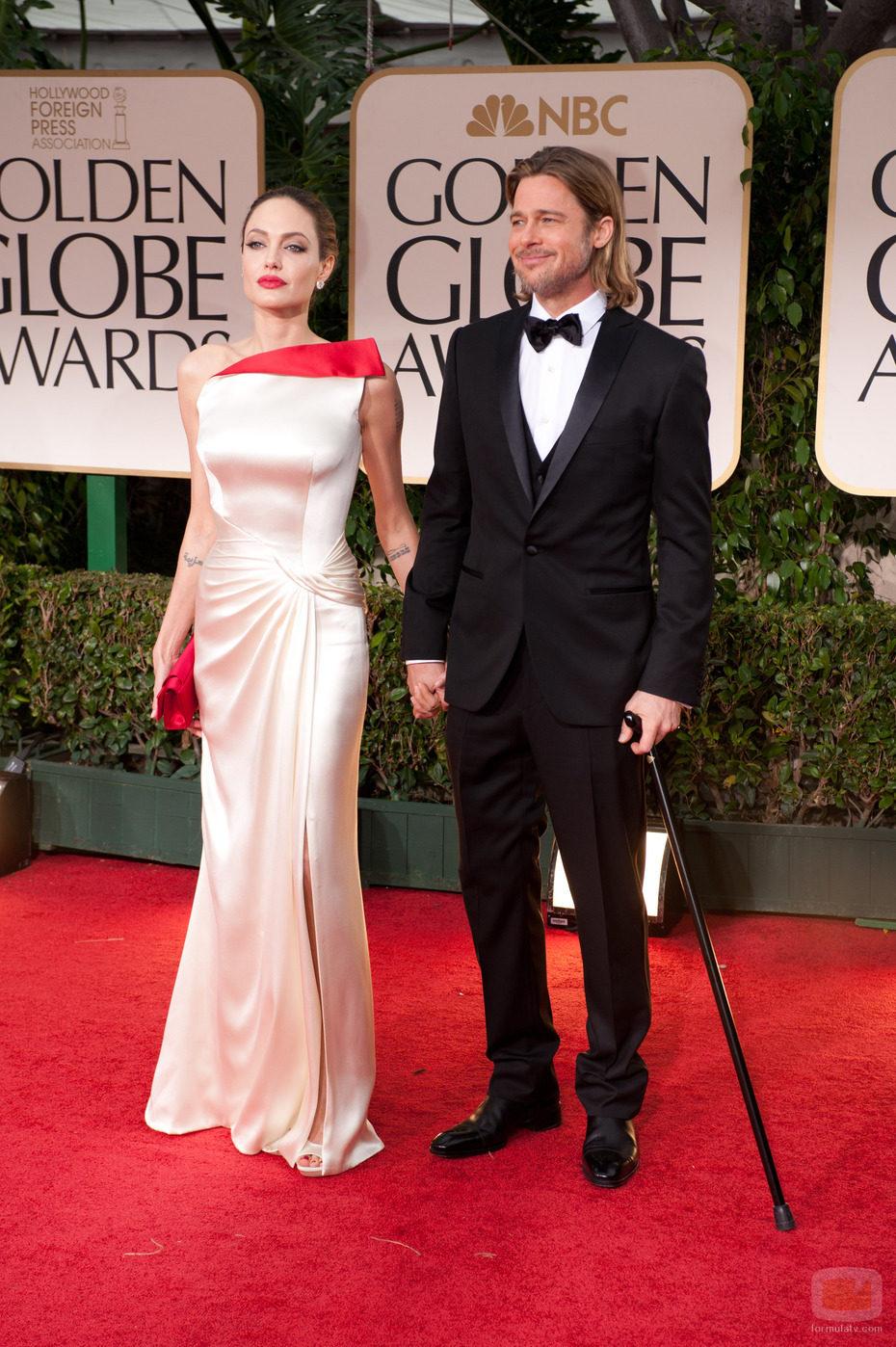 Brad Pitt y Angelina Jolie en los Globos de Oro 2012