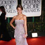 Jessica Alba en la alfombra roja de los Globos de Oro 2012