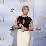Kate Winslet posa con su Globo de Oro 2012