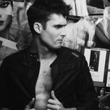 Sergio Mur seduce a la cámara en Overlay Magazine