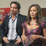 Charles Mesure y Vanessa Williams en 'Mujeres desesperadas'