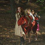 Las 'Mujeres desesperadas' de Wisteria Lane cargando un cadáver