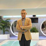 Jordi González sobre la piscina de la casa de 'Gran Hermano 12+1'