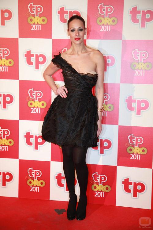 Eva González en la alfombra roja de los TP de Oro 2011