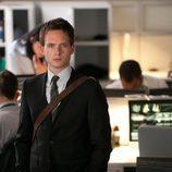 Patrick J. Adams es Mike Ross en 'Suits: La clave del éxito