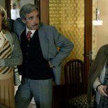 Merche, Antonio y Herminia en el capítulo 'Por la boca muere el pez'