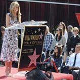 Jennifer Aniston recibe una estrella en el paseo de la fama