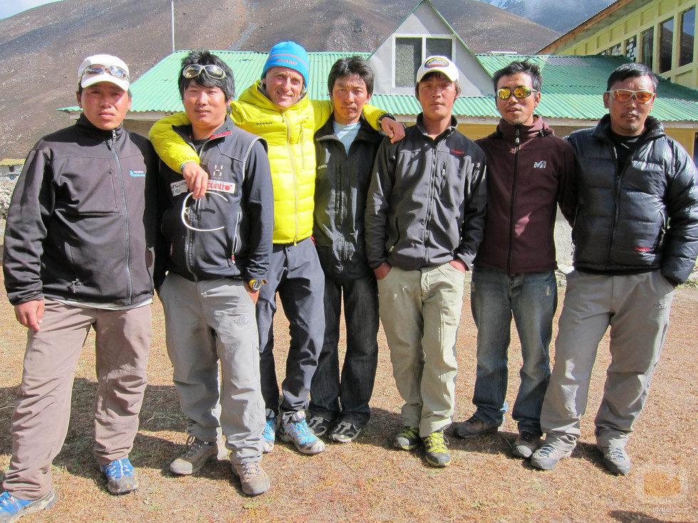 Jesús Calleja y los sherpas de 'Desafío Everest'