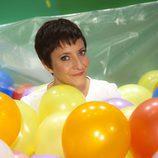 Eva Hache rodeada de globos para celebrar el aniversario de laSexta