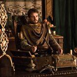 Lord Renly Baratheon (Gethin Anthony) intentará ser rey en 'Juego de tronos'