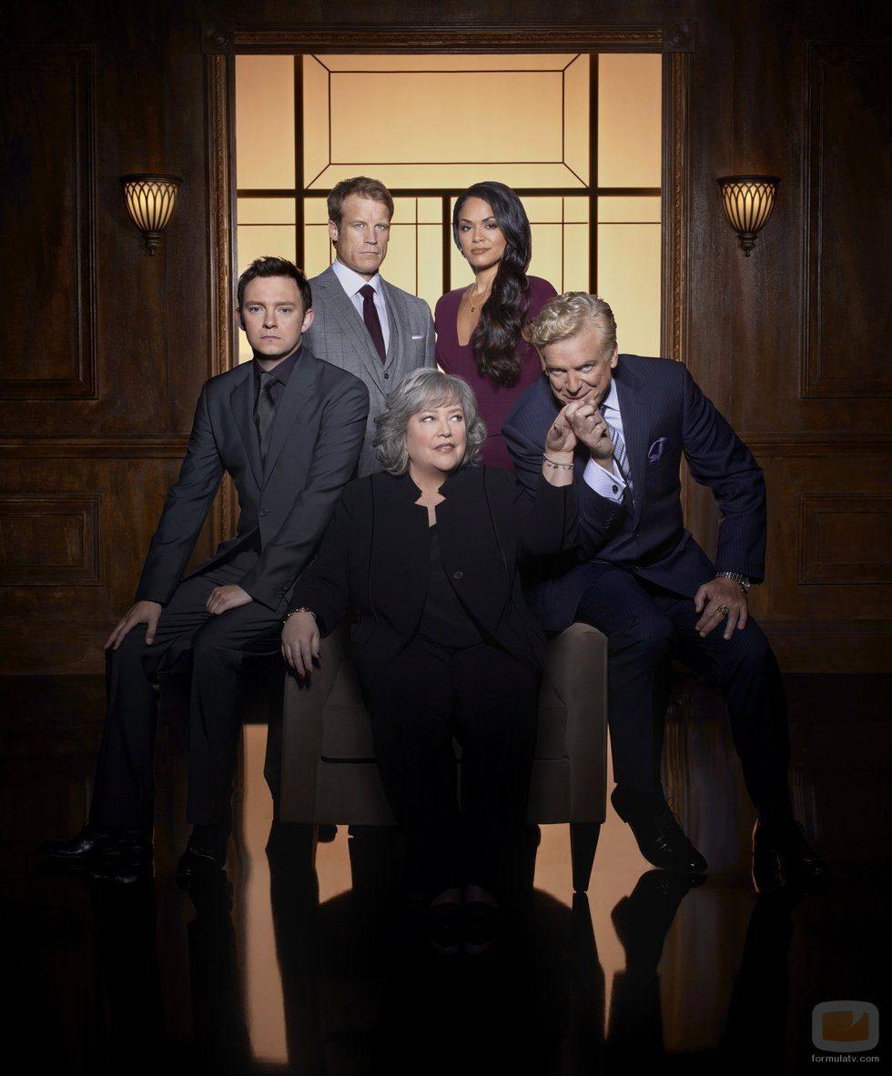 Imagen promocional de la segunda temporada de 'Harry's Law'