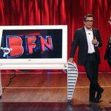 Andreu Buenafuente y Berto Romero con una pantalla en 'Buenas noches y Buenafuente'