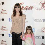 Alejandra Lorente y su hija en la ficción en la premiere de 'Gran Reserva'