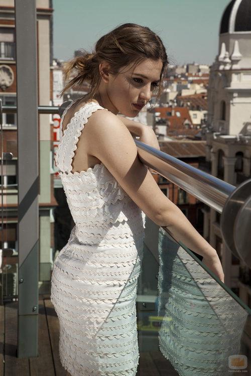 Marina Salas en un balcón de Madrid