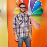 Adam Levine posa en los Upfronts 2012 de NBC
