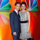 Christian Borle y Debra Messing en los Upfronts 2012 de NBC