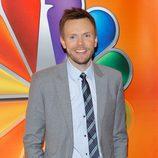 Joel McHale en los Upfronts 2012 de NBC