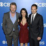 Aidan Quinn, Lucy Liu y Jonny Lee Miller en los Upfronts 2012 de CBS