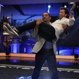 Will Smith coge en brazos a Pablo Motos en 'El hormiguero'