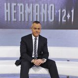 Jordi González sentado en el plató de 'Gran Hermano'
