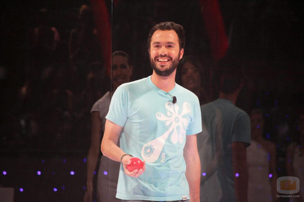 Luis García lucha contra 'El cubo'