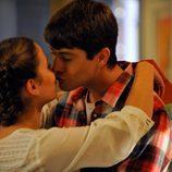 Sandra y Culebra se besan en el último capítulo de 'Los protegidos'