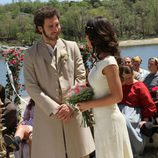 Tristán sonríe a Pepa durante la boda