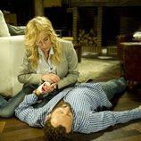 Sara trata de reanimar a Fernando en 'Luna, el misterio de Calenda'