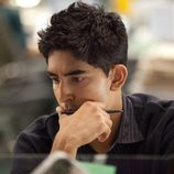 Dev Patel interpreta a Neal Sampat en 'The Newsroom'