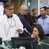 Aaron Sorkin en el set de su nueva serie 'The Newsroom'