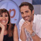Sandra Daviú y Roberto Leal, presentadores de 'Espejo público de verano'