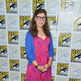Mayim Bialik de 'The Big Bang Theory' en la Comic-Con 2012
